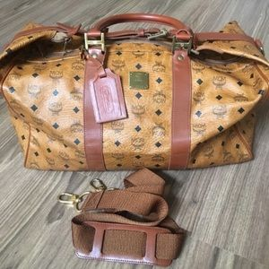 💯 % authentic MCM Boston Travel Bag
